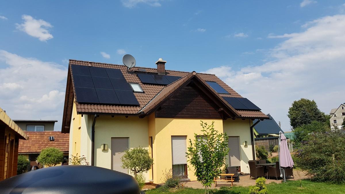 PV-Anlage in Niederdorf Heckert Solar Black