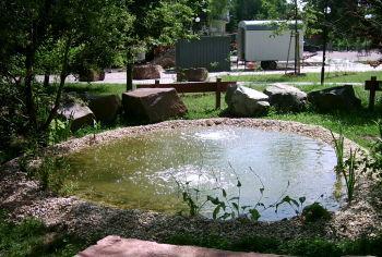 Teich mit Luftsteinplatten