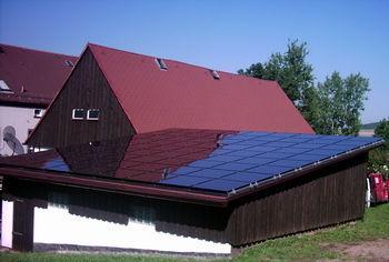 Photovoltaik Anlage mit 81 Dünnschichtmodulen Kaneka K60 (Leistung 4,86 KWp)